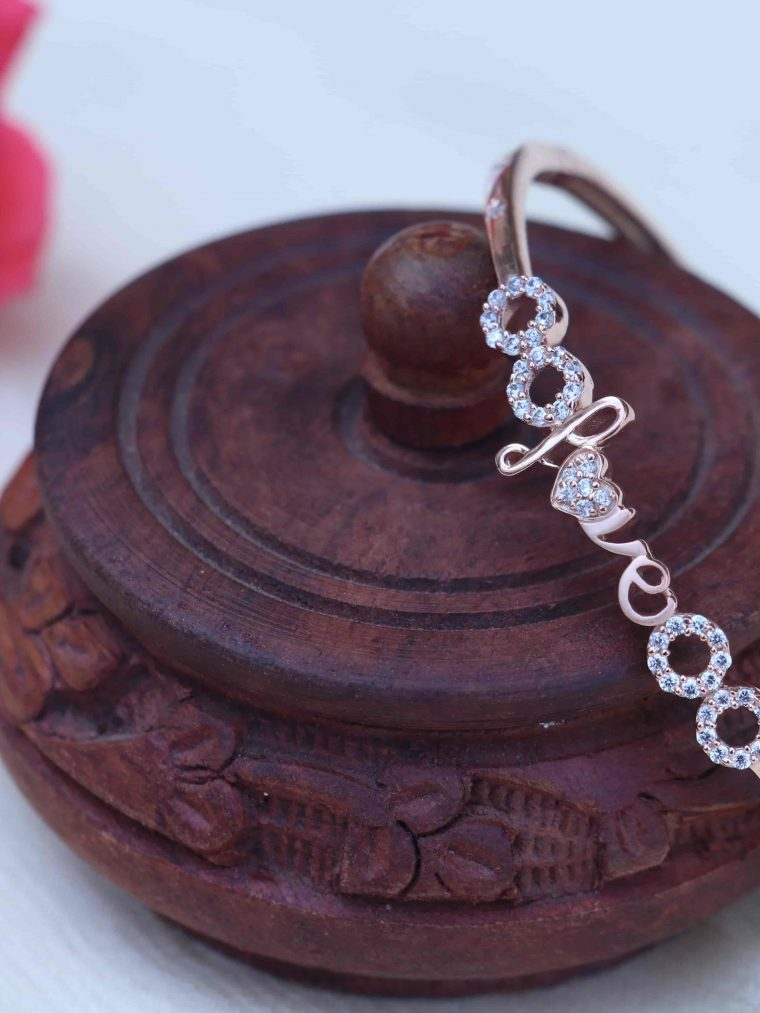 Stunning Sterling Silver Bracelet