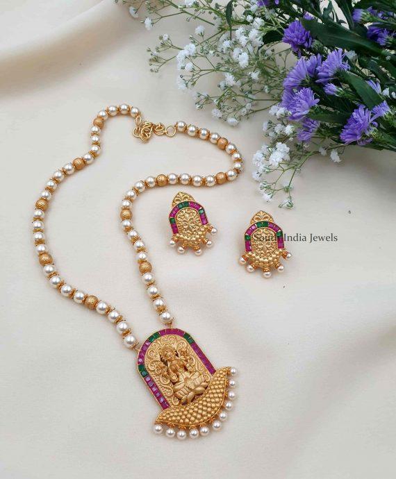 Temple Laxshmi Pearl Necklace