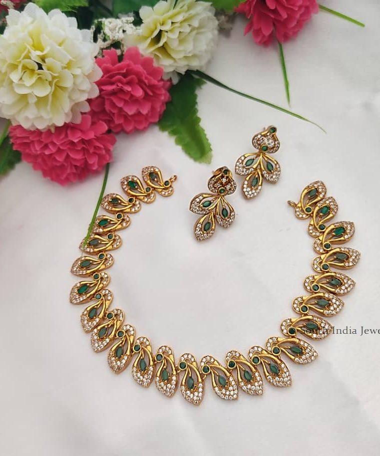 Trendy Design Necklace Set
