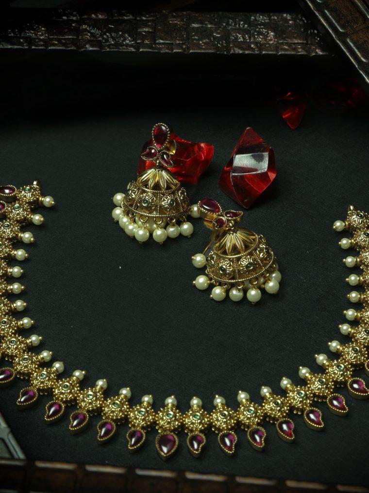Unique Upasruti Circle Drop Necklace