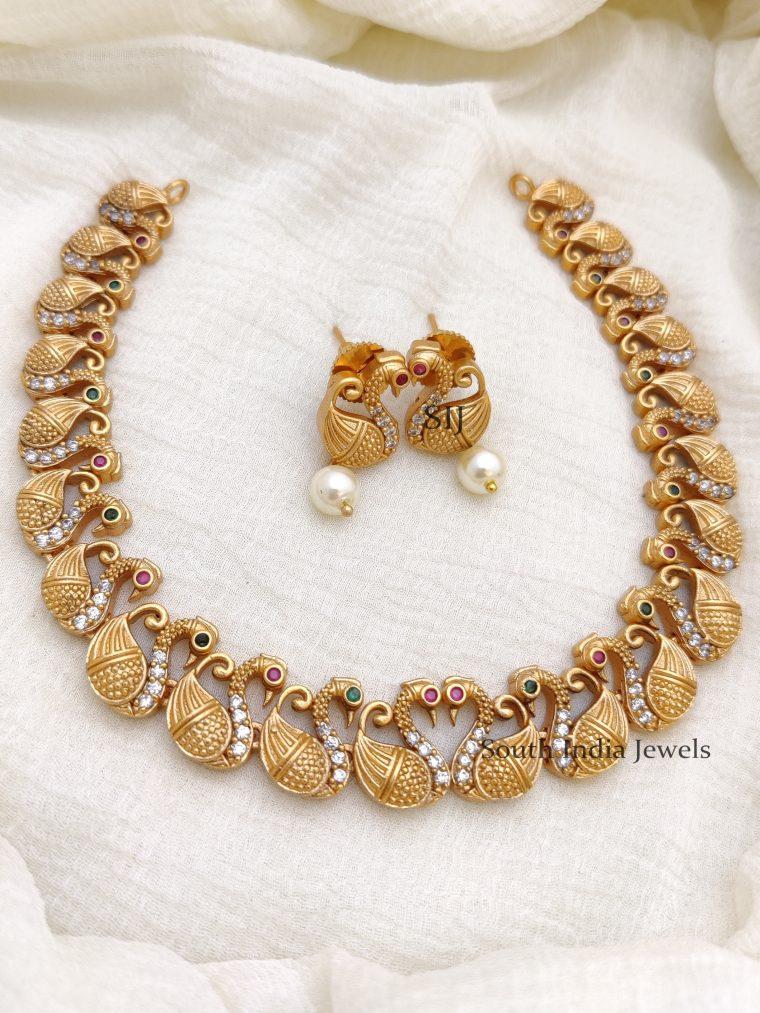 Trendy AD Swan Necklace