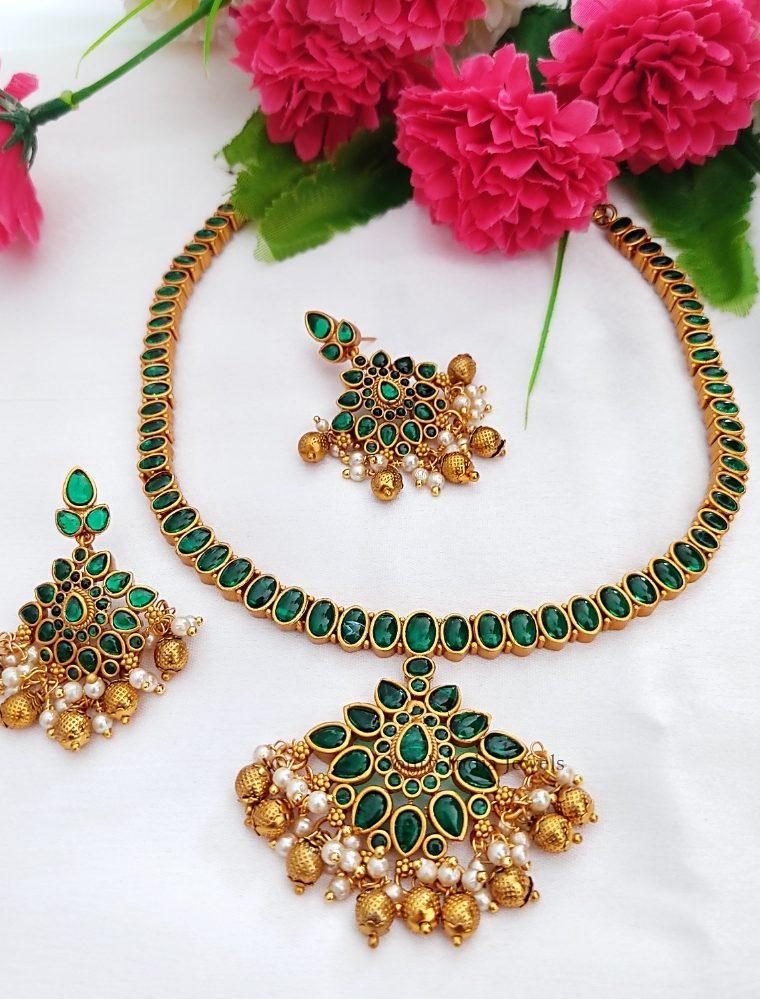 Amazing Green Kemp Necklace
