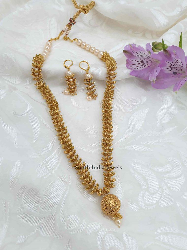 Antique Floral Necklace Set