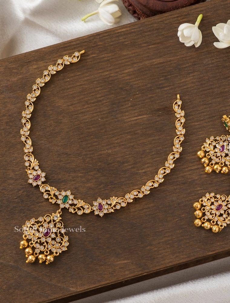 Attractive Floral Multicolor Necklace