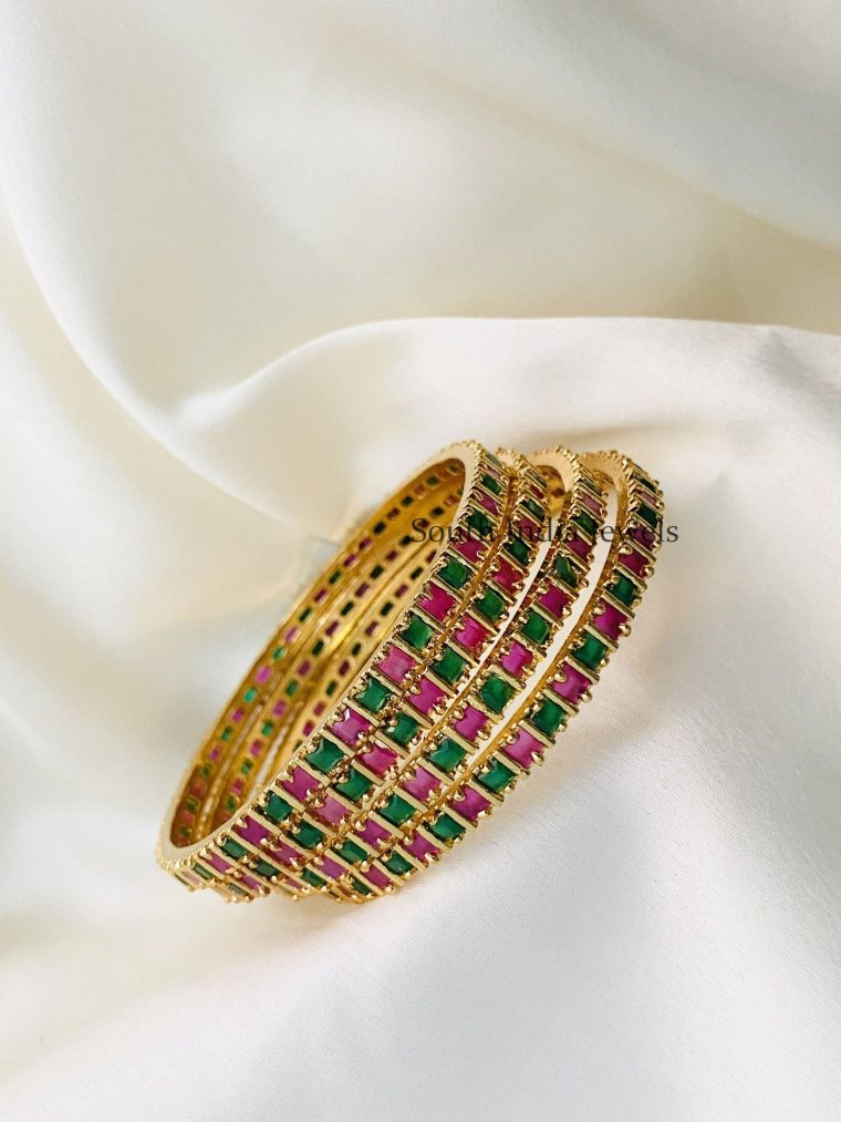 Attractive Ruby Green Bangles(Set of 4)