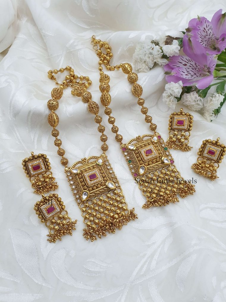Beautiful Antique Beads Necklace (7)
