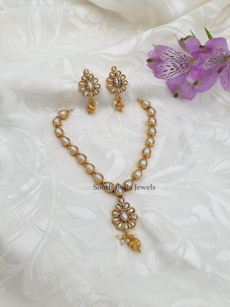Elegant And Simple Gold Finish Necklace