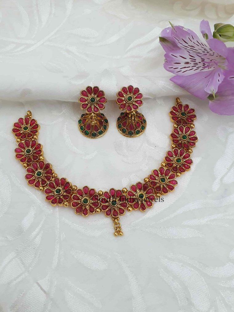 Floral Design Antique Necklace Set