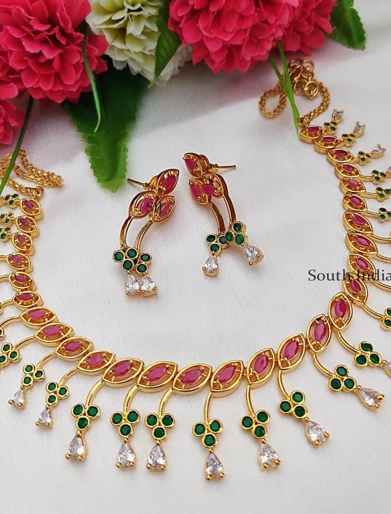 Floral Stone Design Gold Polish Necklace
