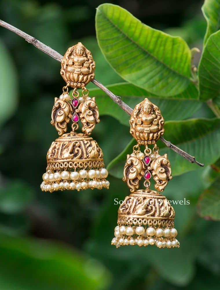 Gergeous Lakshmi Design Long Jhumkas