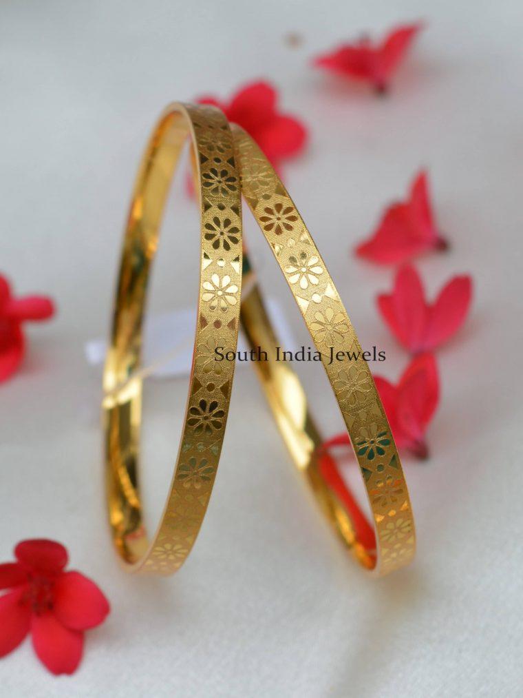 Glamorous Simple Design Bangles
