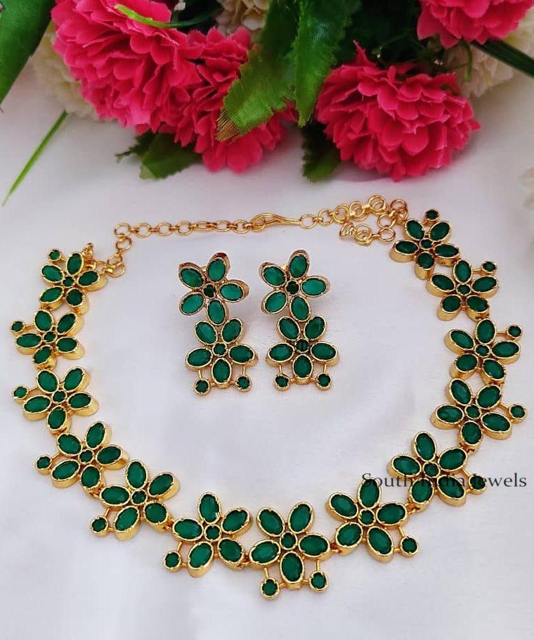 Gold Polish Green Stone Necklace