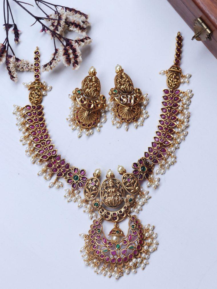 Gorgeous Lakshmi Floral Design Necklace (2)