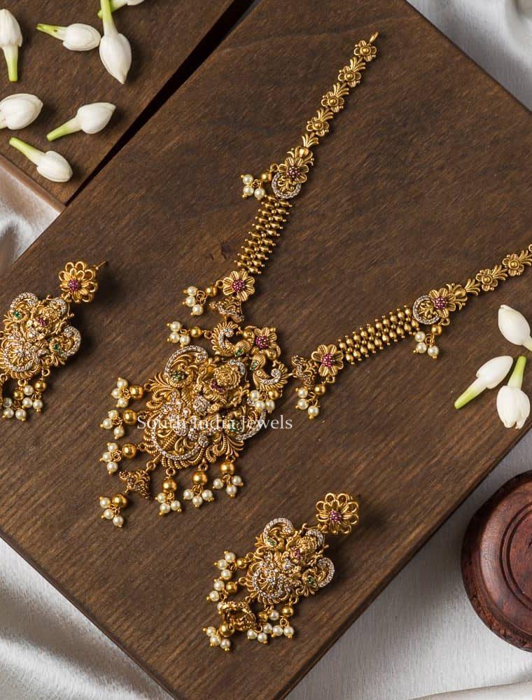 Grand Pearl Drop Imitation Nacklace