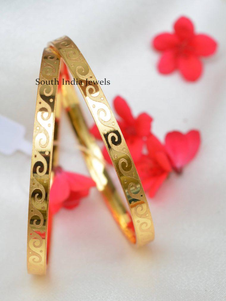 Light weight Gold Polish Bangles