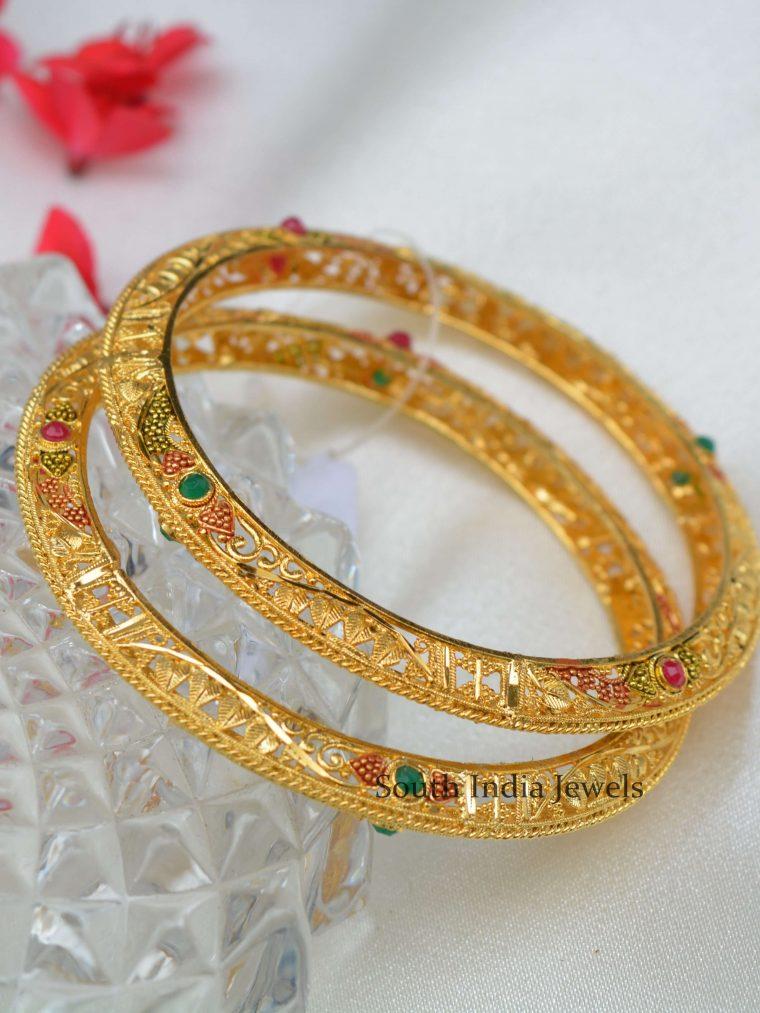Simple Gold Polish Bangle Set