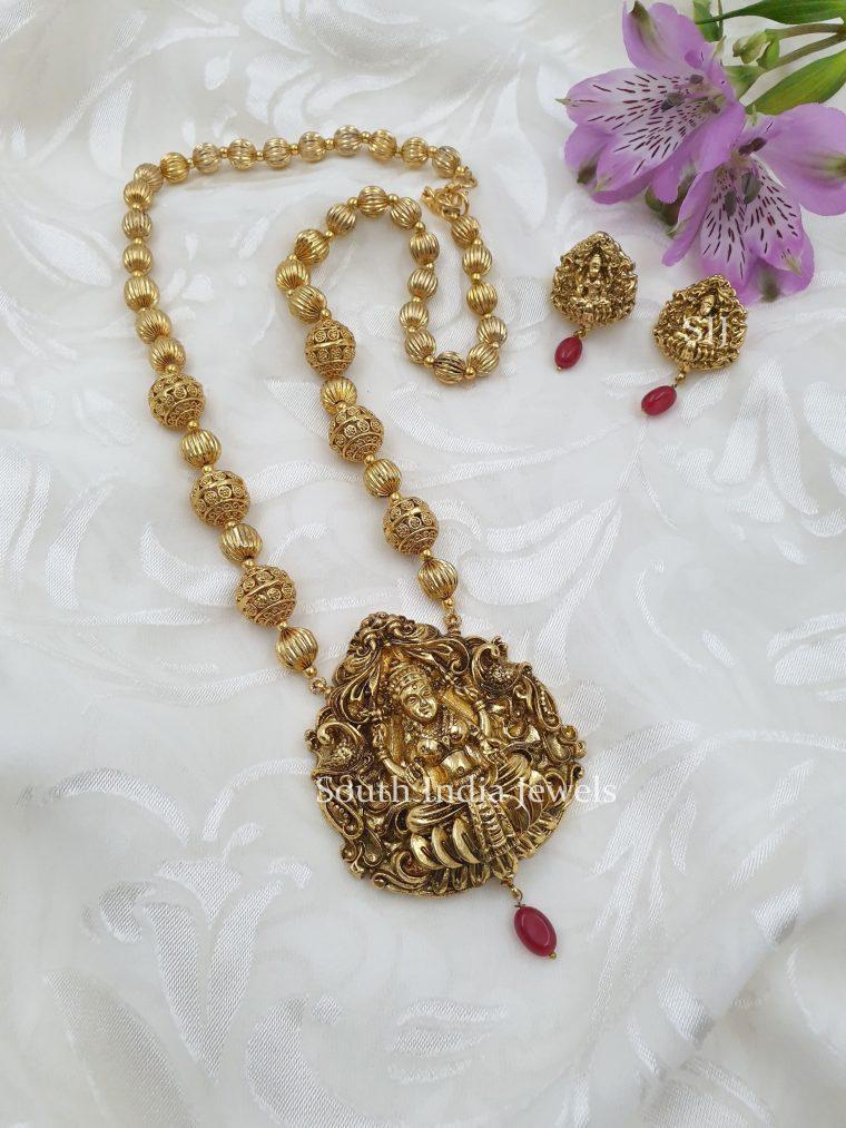 Stunning Lakshmi Deishner Beads Necklace (3)
