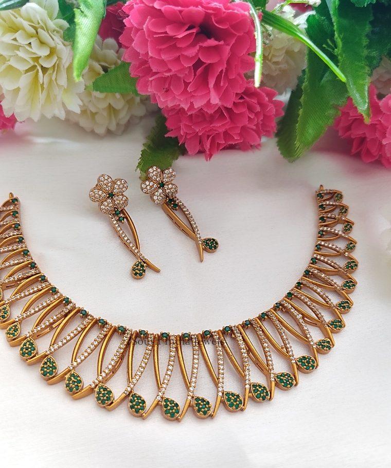 Stunning Matte Finish Green Stones Necklace