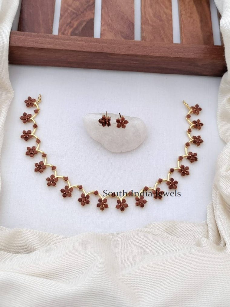 Stunning Sand Stone Floral Necklace
