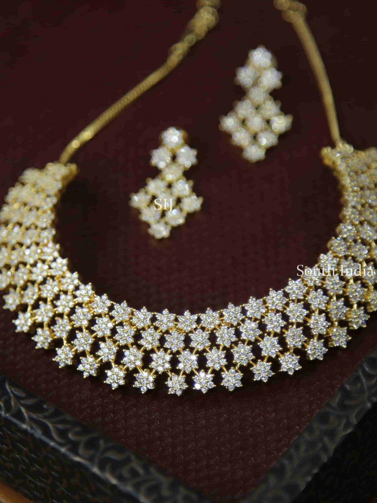 Stunning Star Studded Necklace