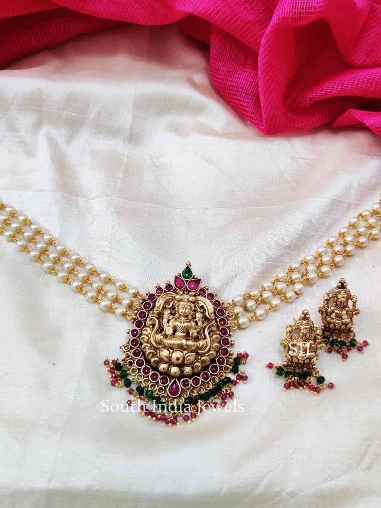 Traditional Lakshmi Pendant Pearls Choker.