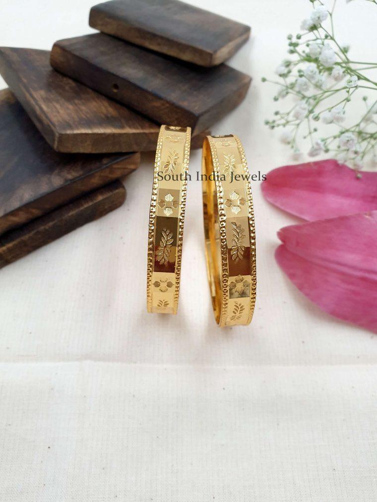 Beautiful Gold Replica Bangle Set