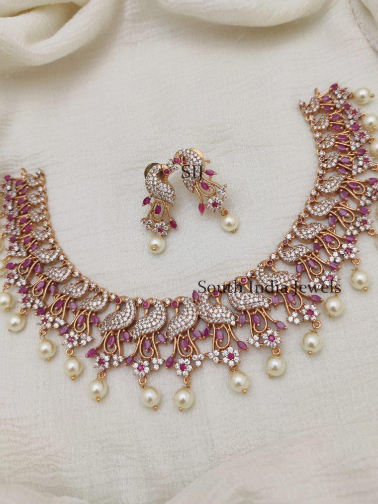 Classic Peacock Design Necklace (2)