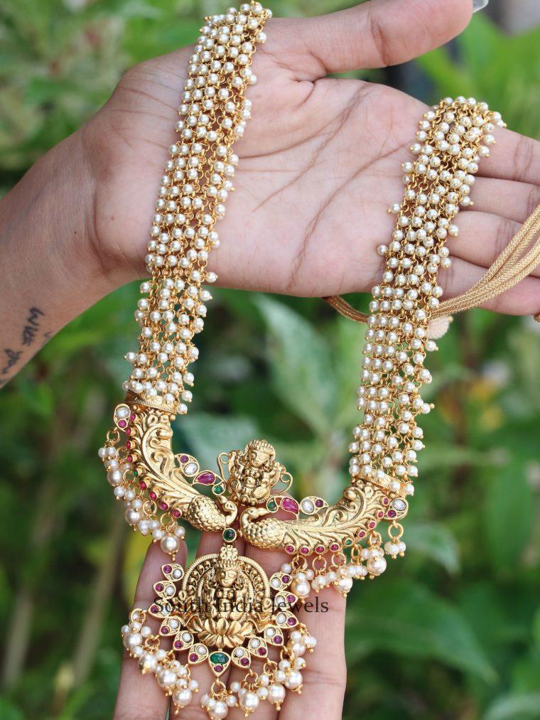 Exquisite Gold Finish Lakshmi Haram (2)