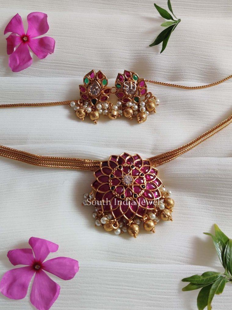 Fabulous Floral Design Choker Set