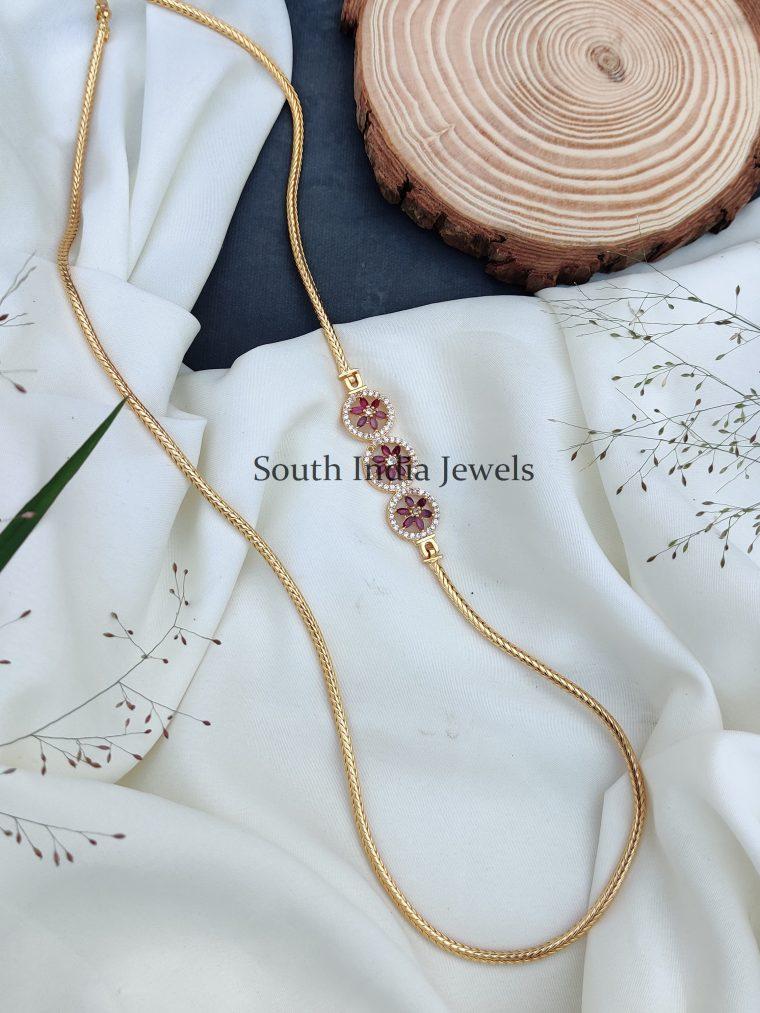 Gorgeous Floral Kemp Mugappu Chain