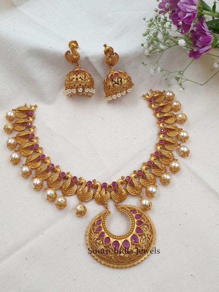 Gorgeous Peacock Design Necklace (2)