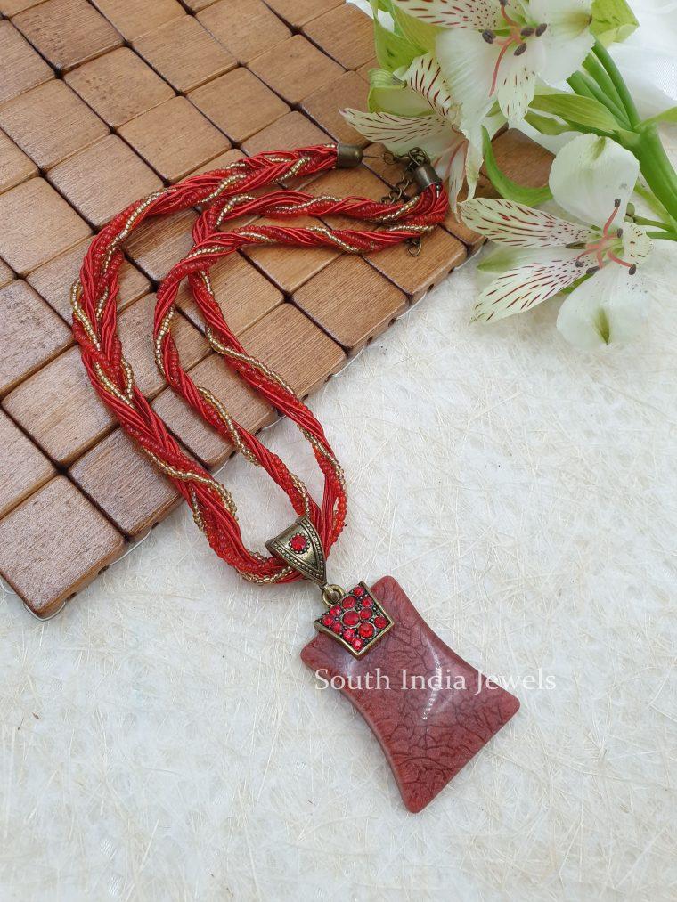 Marvelous Beads Pendant Chain