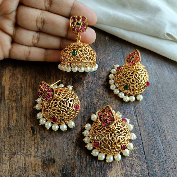 Simple Design Jhumkas