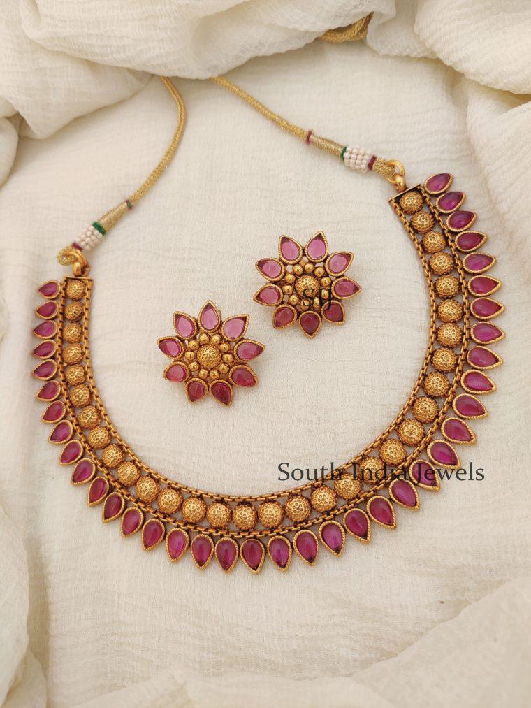Stunning Floral Design Necklace (2)