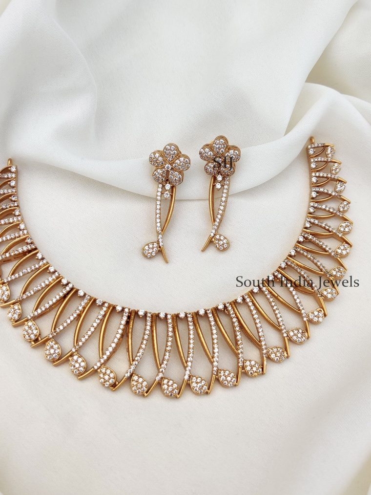 Stunning Floral White Stones Necklace (2)