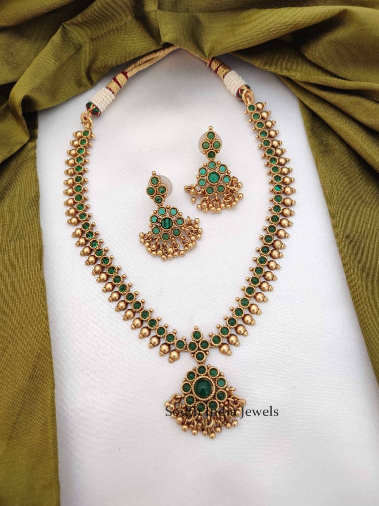 Traditional Antique Green Necklace