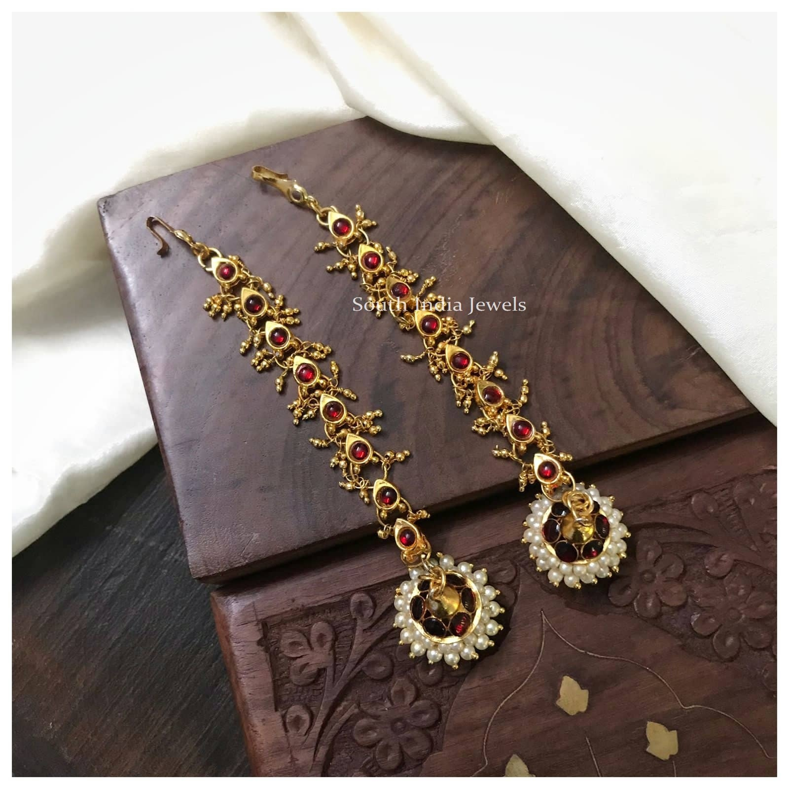 Trendy Two In Kemp Jhumkas with Maatal